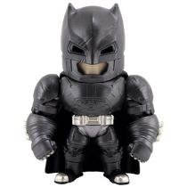 Boneco Armored Batman - Batman vs. Superman Metal Die Cast - DTC