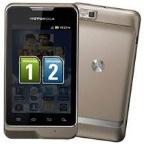 Smartphone Dual Chip 3G Motorola MotoSmart XT390