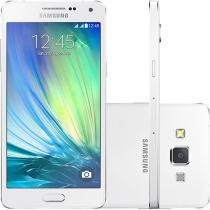 Smartphone Samsung Galaxy A5 Duos 16GB Dual Chip - 4G Câm. 13MP + Selfie 5MP Tela 5""