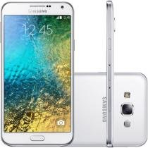 "Smartphone Samsung Galaxy E5 Duos 16GB Dual Chip - 4G Câm. 8MP + Selfie 5MP Tela 5"" Proc. Quad Core"