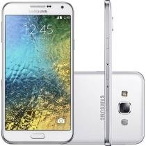 "Smartphone Samsung Galaxy E7 Duos 16GB Dual Chip - 4G Câm. 13MP + Selfie 5MP Tela 5.5"" Proc Quad Core"