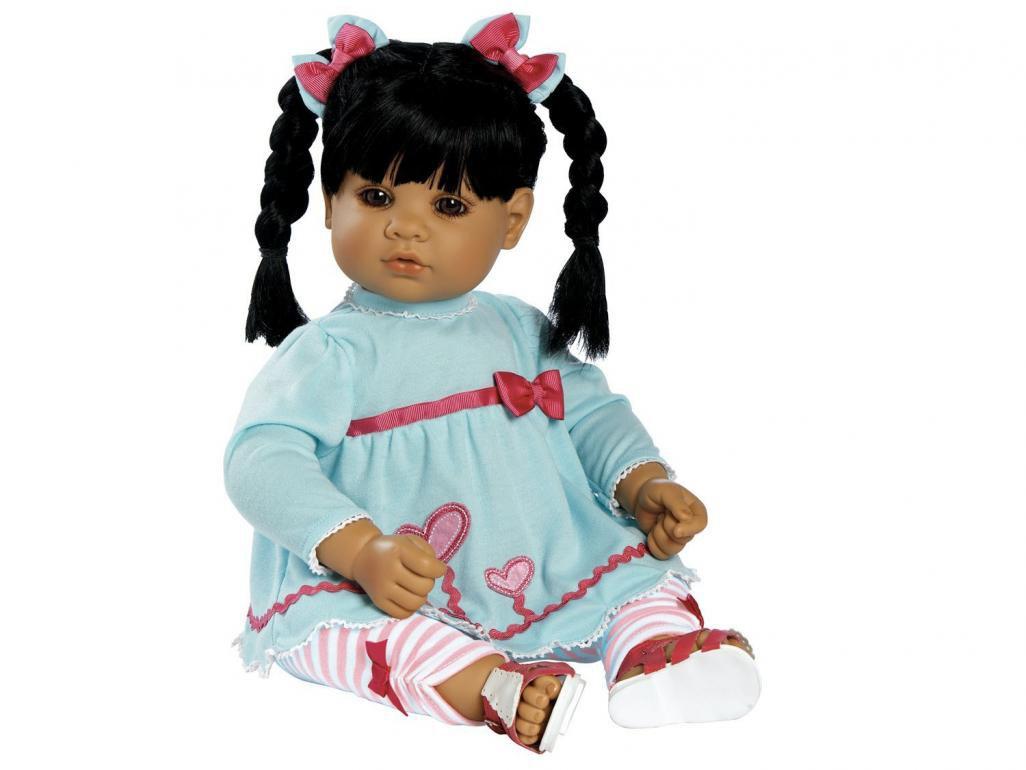 http://i.mlcdn.com.br/1164x770/boneca-adora-blooming-heartsadora-doll-080207400.jpg