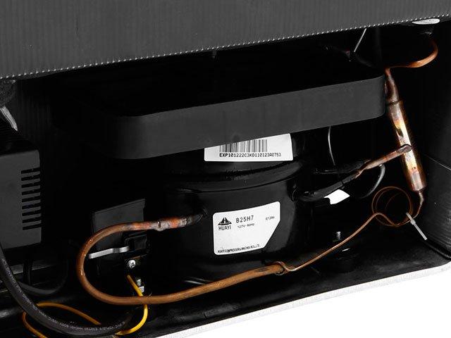 Foto 2 - Adega Climatizada Suggar 27 Garrafas Toulouse - com Compressor Controle Digital de Temperatura