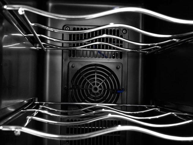 Foto 8 - Adega Climatizada Brastemp 12 Garrafas - All Black BZC12B Controle Digital de Temperatura