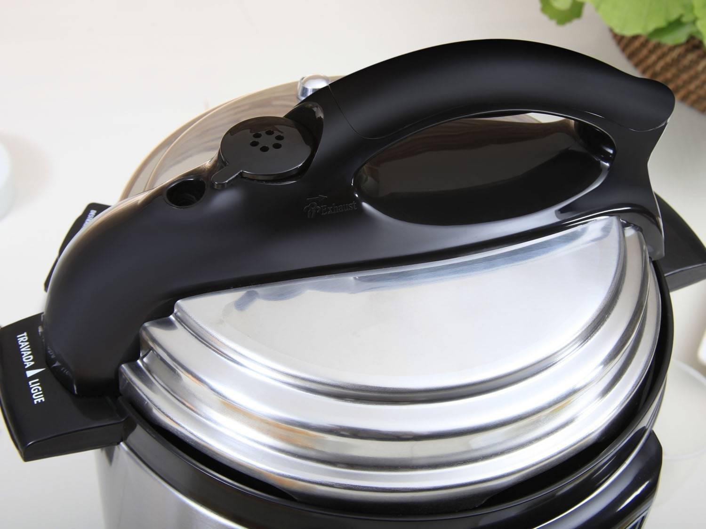Panela de Pressão Elétrica Mondial PE-26 Pratic Cook Premium 3L - Inox - 110V - 16