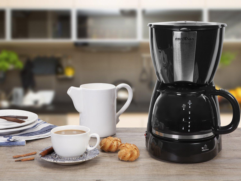 Cafeteira Elétrica Britânia CP30 - Preto/Inox - 110V - 4