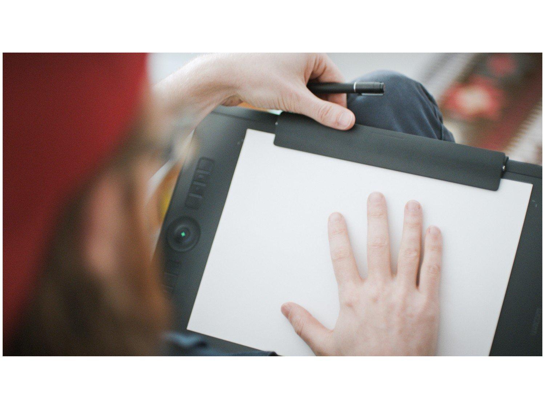 Foto 9 - Mesa Digitalizadora Wacom Intuos Pro Pen-Paper - Média PTH660